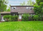 Pre Foreclosure in Brentwood 11717 RUTLEDGE ST - Property ID: 960310715