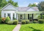 Short Sale in Nicholasville 40356 N 3RD ST - Property ID: 6335802957