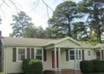 Short Sale in Warsaw 22572 LAKESIDE DR - Property ID: 6336252300