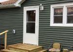 Short Sale in Taylorville 62568 E POPLAR ST - Property ID: 6338777219